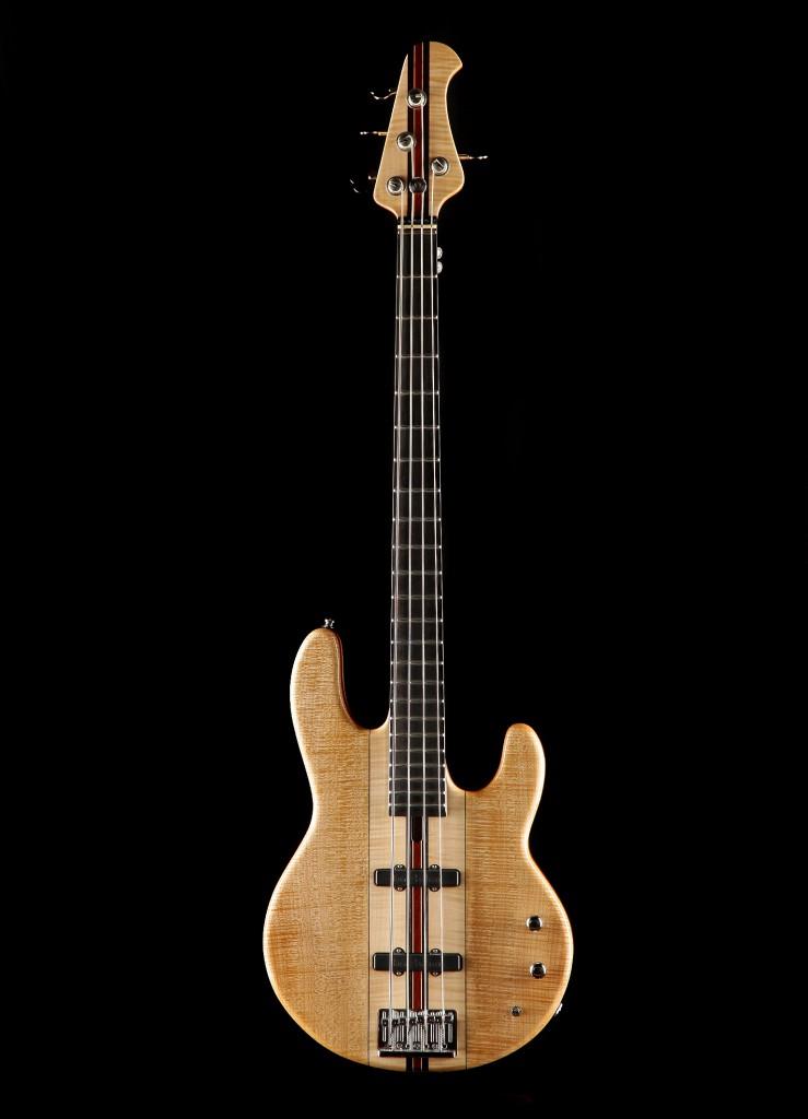 BassDHals01
